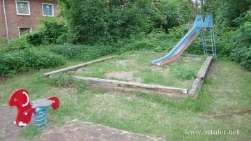 Spielplatz - 1401