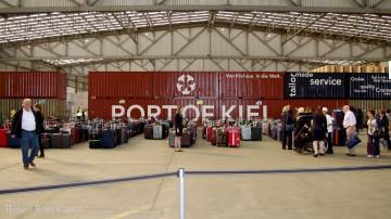 Kreuzfahrer-Terminal - 9984